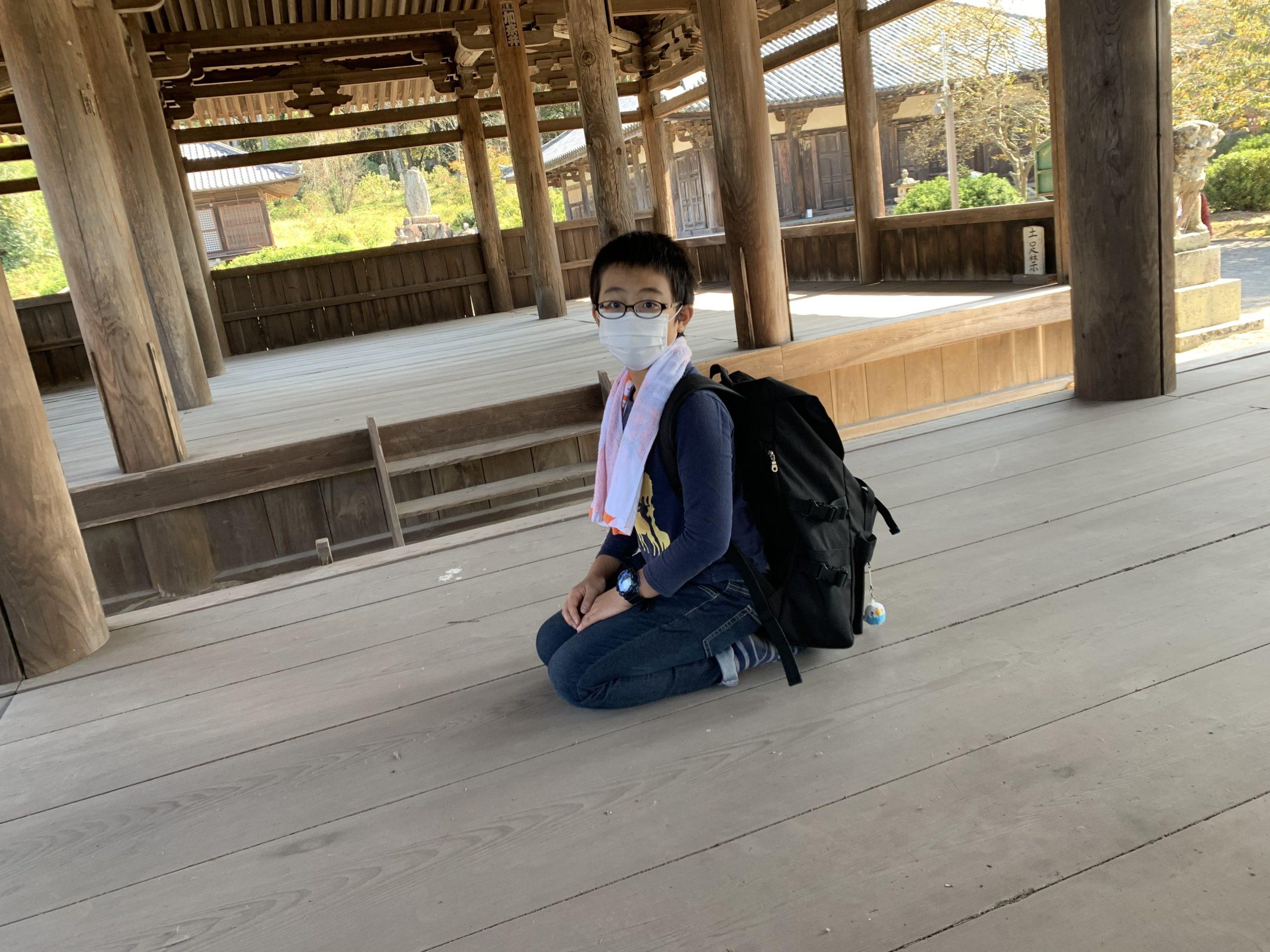八幡神社拝殿は落ち着きます